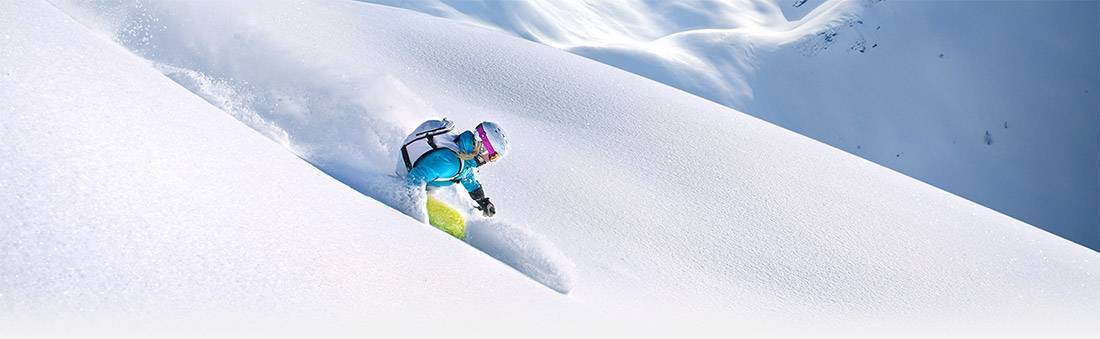 vail powder skiing